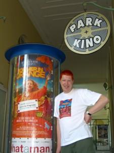 """""""Sommer in Orange"""", Haare orange! Josef Loibl vom Park-Kino Bad Reichenhall"""