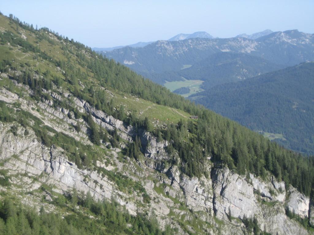 Blick vom Aufstieg zum Kleinen Watzmann zur Falzalm