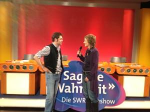 Lederhosenmacher Engelbert Aigner bei Sag die Wahrheit im SWR
