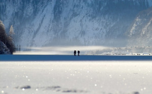 zugrefrorener Königssee