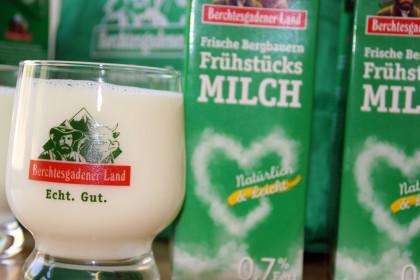 Neue Frühstücks-Bergbauermilch