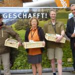 Stephan Köhl (BGLT) mit Gewinnern von Houdek Wurstspezialitäten