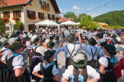 2. Weißbierfest der Trachtenvereine Anger-Höglwörth und D'Raschenberger Teisendorf