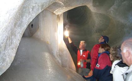 Führung in der Eishöhle