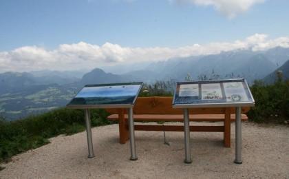 Panoramarundweg am Rossfeld mit Infotafeln
