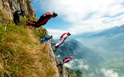 Birdmen: Wingsuit proximity flying