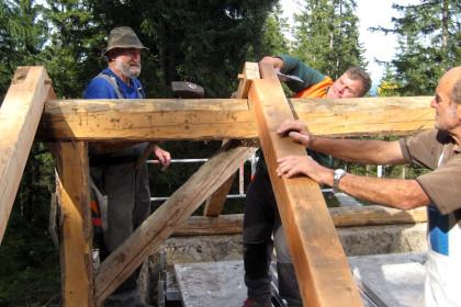 Ein neuer Dachstuhl für den ehemaligen Mulistall