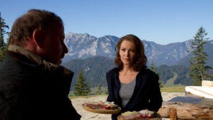 Iris Berben in Die Kronzeugin - Mord in den Bergen © ZDF