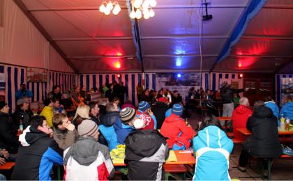 Publikum beim Skitouren-Festival