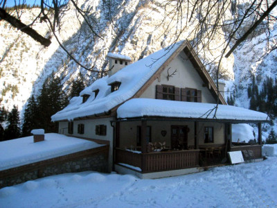 Das Wimbachschloss im Schnee