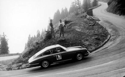 Ein Porsche beim Rossfeldrennen