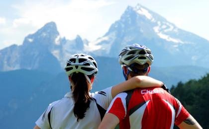Radfahren mit Blick auf den Watzmann