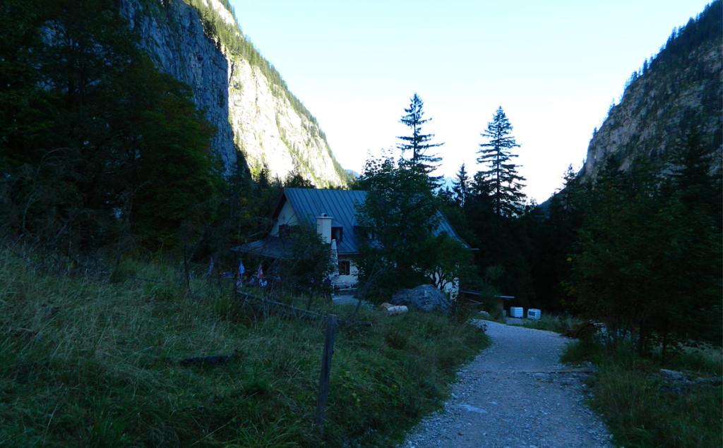 Wimbachschloss noch im Schatten