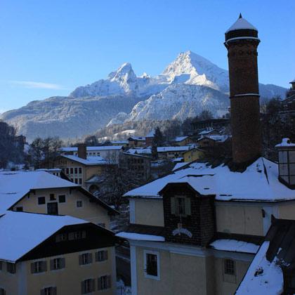 Hofbrauhaus Berchtesgaden vor Watzmann