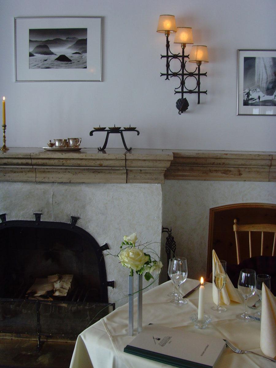 lteste seilbahn der welt am predigtstuhl er ffnet bergrestaurant wieder. Black Bedroom Furniture Sets. Home Design Ideas