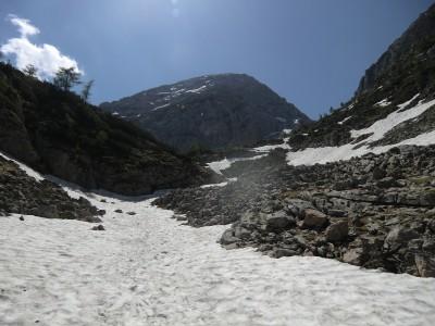 Altschneefeld hinter dem Stiergraben
