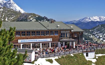 Terrasse des Marktrestaurants auf dem Jenner