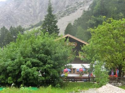 Wimbachgrieshütte bei Regen