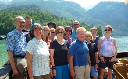 Gruppe Alpenüberquerung vor dem Start
