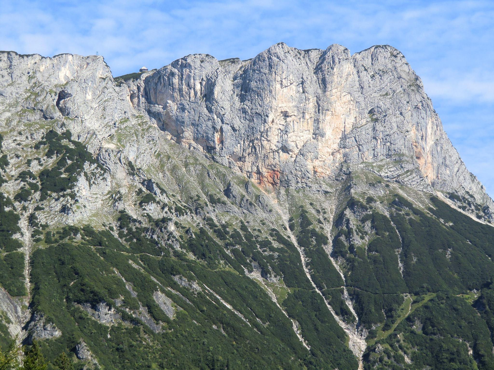 Klettersteig Hochthron : Der berchtesgadener hochthron 1973m ü. nn am untersberg