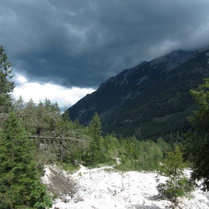 Über dem Klausbachtal braut sich ein Unwetter zusammen