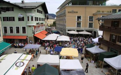 Verkaufsoffener Sonntag und Standl-Markt am Weihnachtsschützenplatz