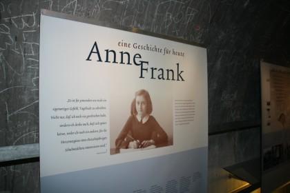Anne Frank in der Dokumentation Obersalzberg