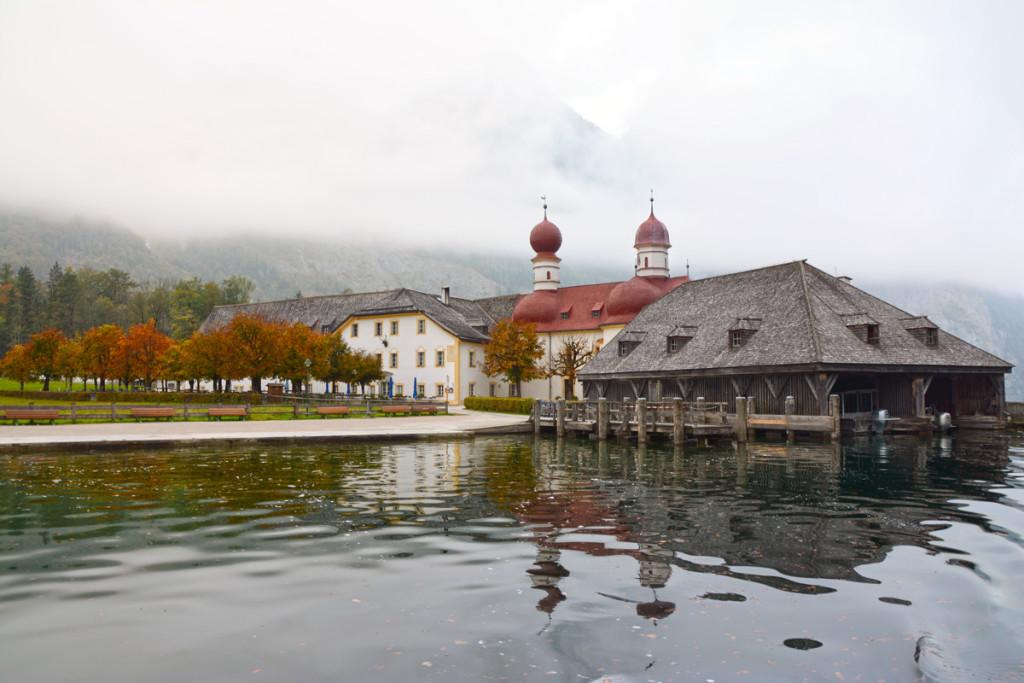 Sankt Bartholomä im Nebel