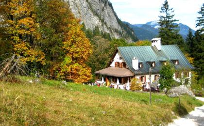 Wimbachschloss im Herbst