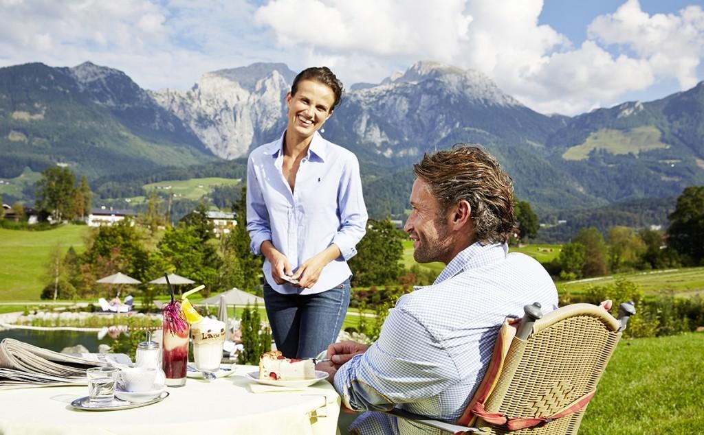 Auf der Terrasse des Hotel Zechmeisterlehen