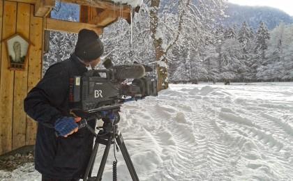 Das Bayerische Fernsehen an der Wildfütterung bei Bartholomä © BR Lorentschk