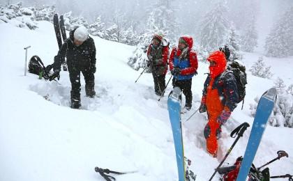 Hang- und Schneedeckenbeurteilung