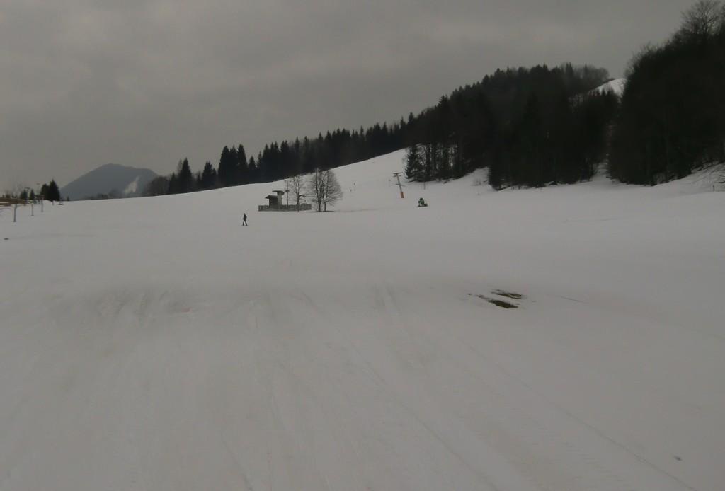 Skigebiet für mich alleine an einem grauen Tag