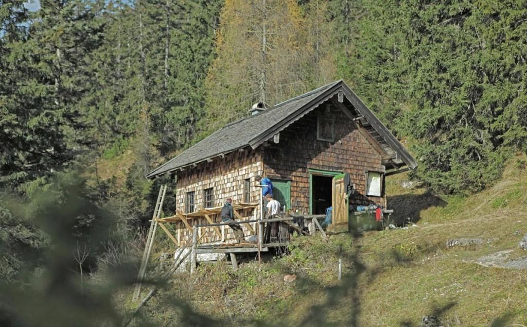 Die Diensthütte auf der Schlegelalm