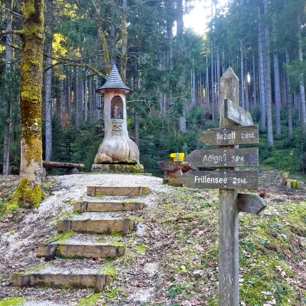 Das Angerer Kreuz auf dem Weg zur Stoißer Alm