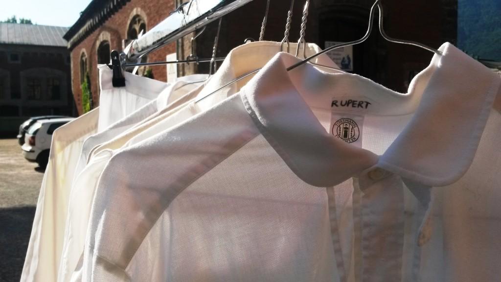 Die Hemden und Blusen der Trapp-Kinder