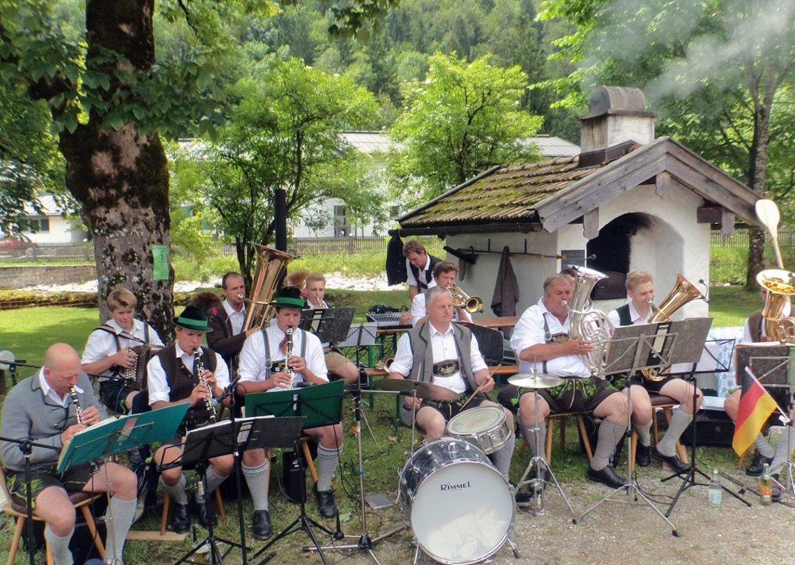 Ramsauer Dorffest am Vereinskaser