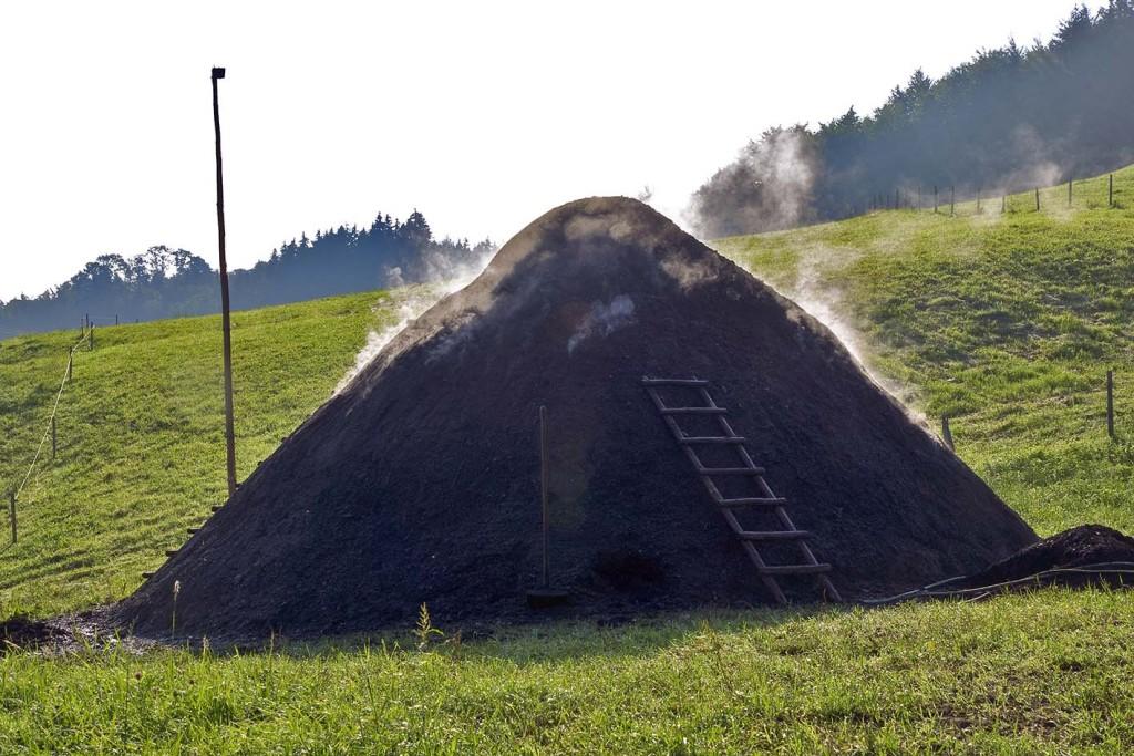 Kohlenmeiler in Neukirchen in der Gemeinde Teisendorf