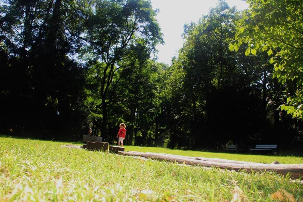 Der Barfußweg im Ortenaupark - Erlebnis für Jung und Alt