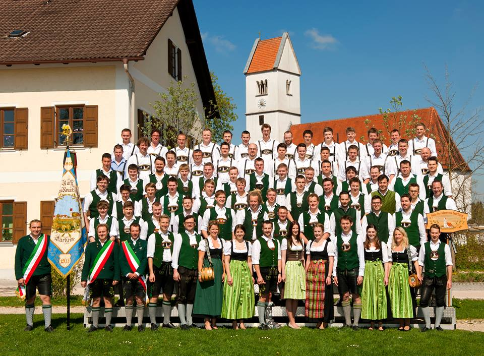 Gruppenfoto Burschenverein Surheim