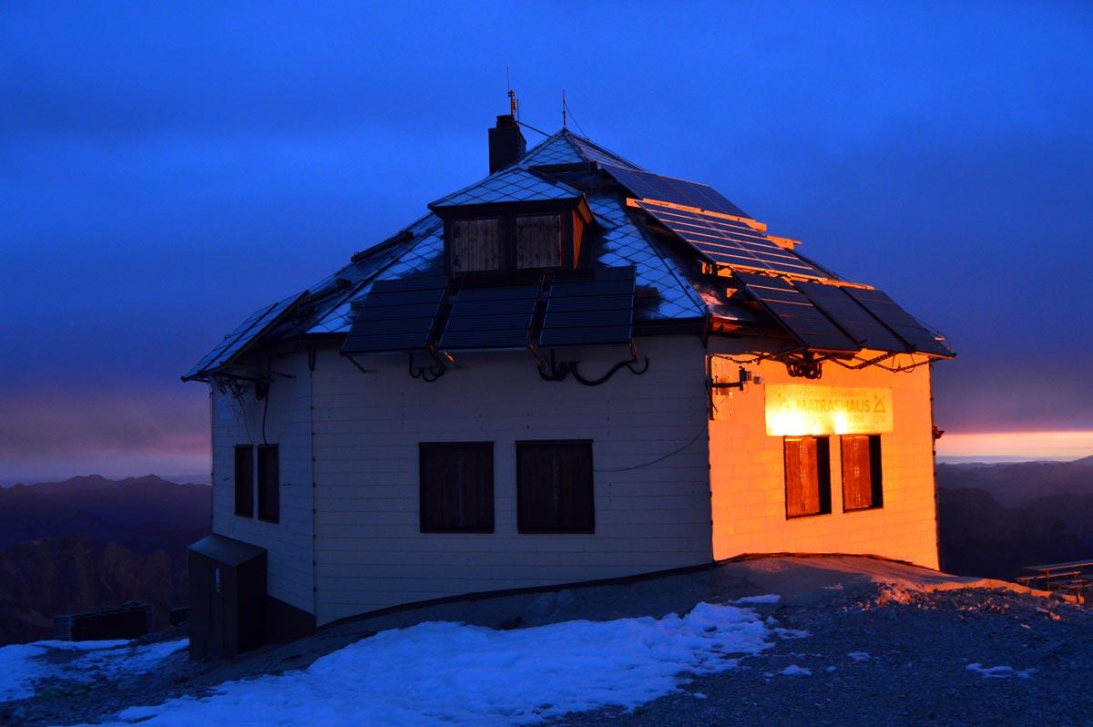 Das Matrashaus am Morgen