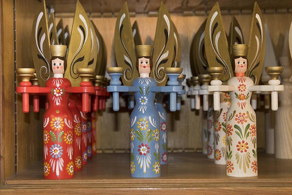 """die bekannte Berchtesgadener Handwerkskunst """"Berchtesgadener Ware"""" - ein ganz besonderer Christbaumschmuck - die Engel"""
