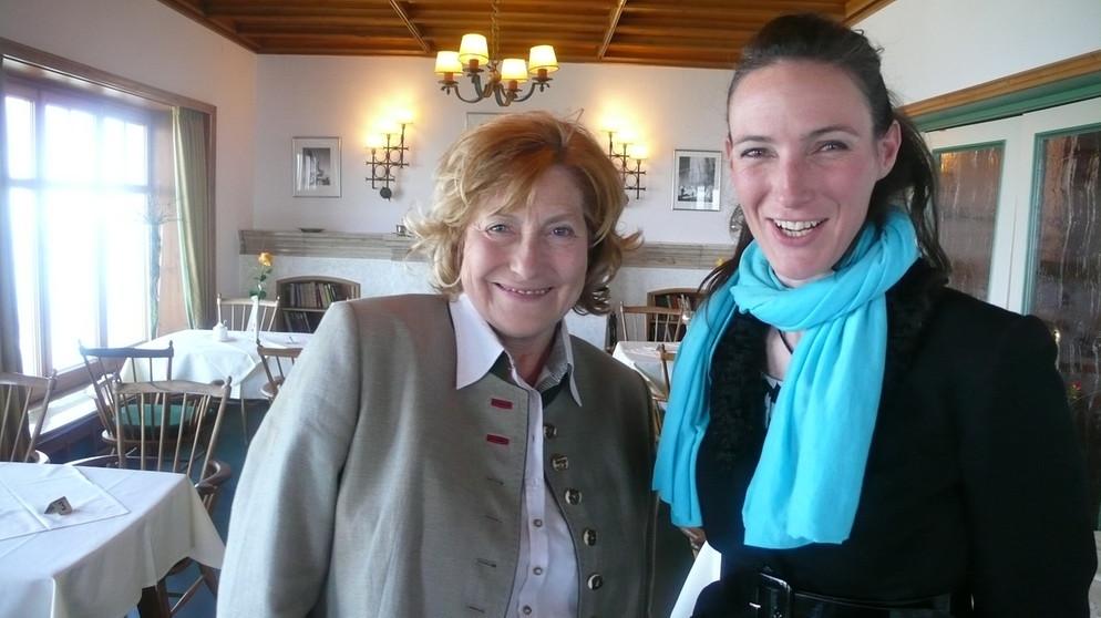 Marga Posch und Annett Segerer im Bergrestaurant Predigtstuhl © BR