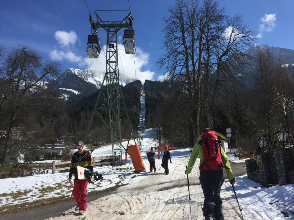 Startpunkt der Tour - Die Jennerbahn Talstation