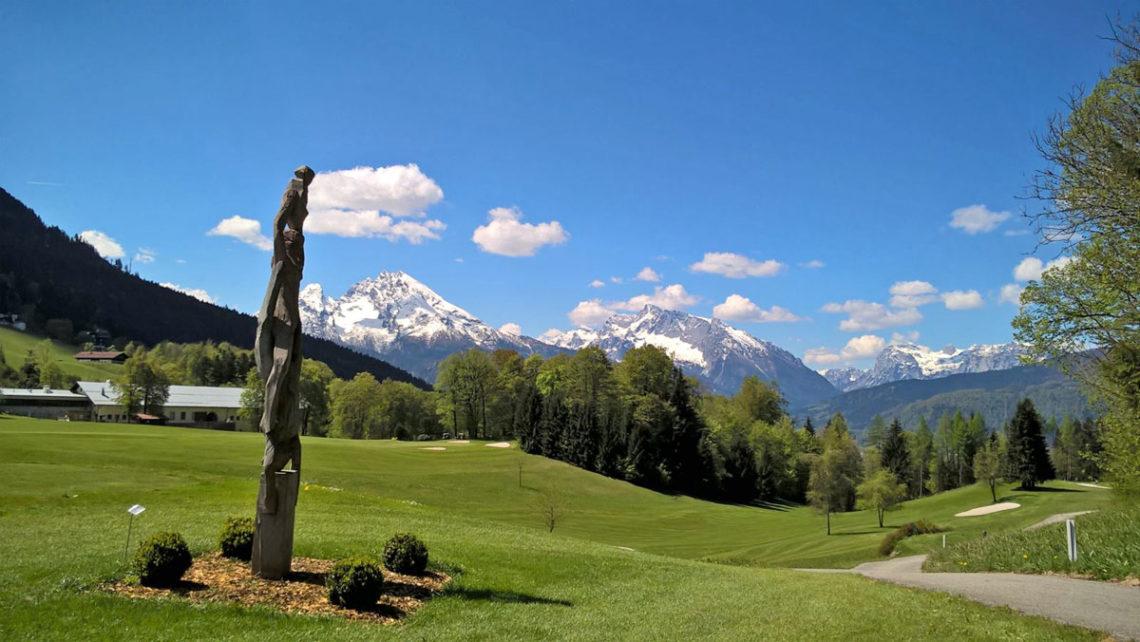 Berge, Kunst und Golf