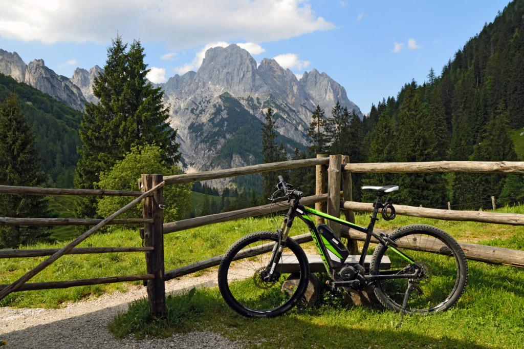 Mit dem E-Mountainbike auf der Bindalm