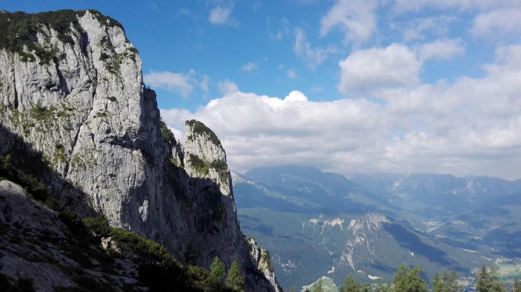 Im Alpeltal, der Blick geht an der Brettgabel vorbei ins Tal