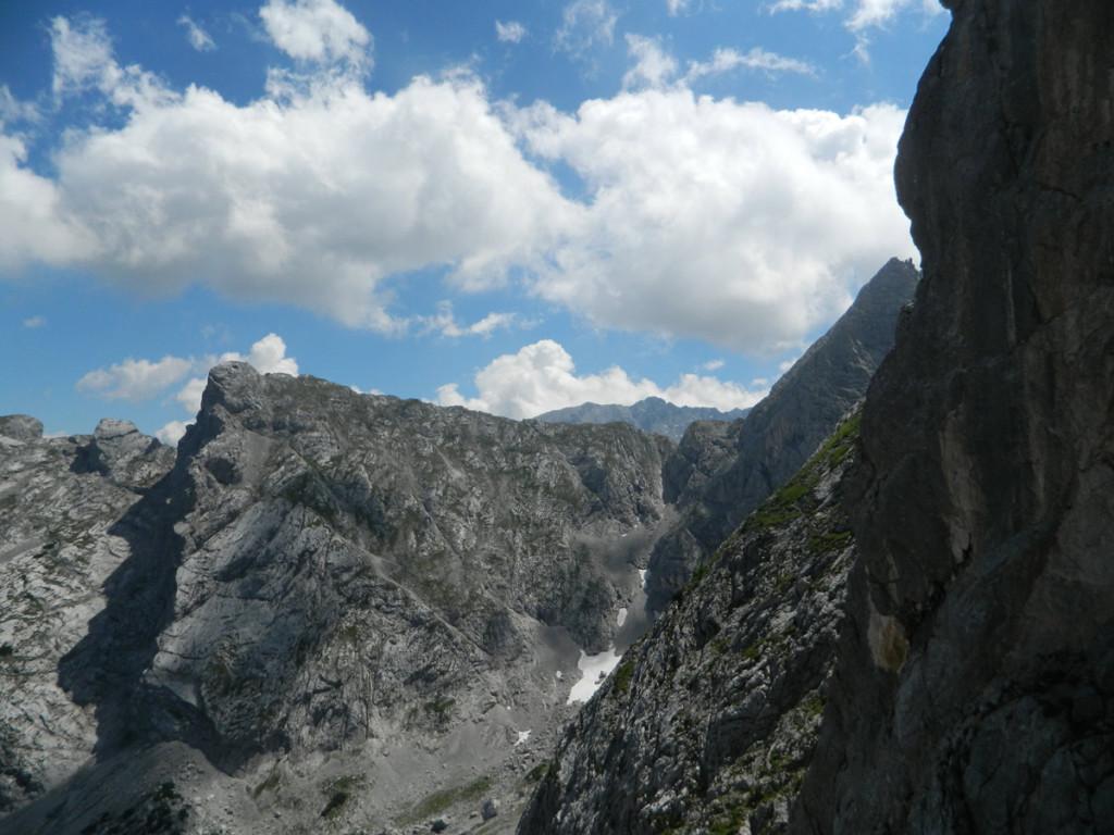 Blick zur Schärtenspitze, dem Gipfelziel vom Vortag.