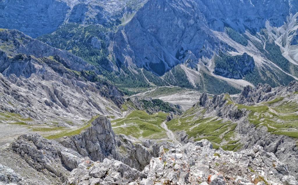 Da geht's runter: Blick von der Südspitze ins Wimbachgries