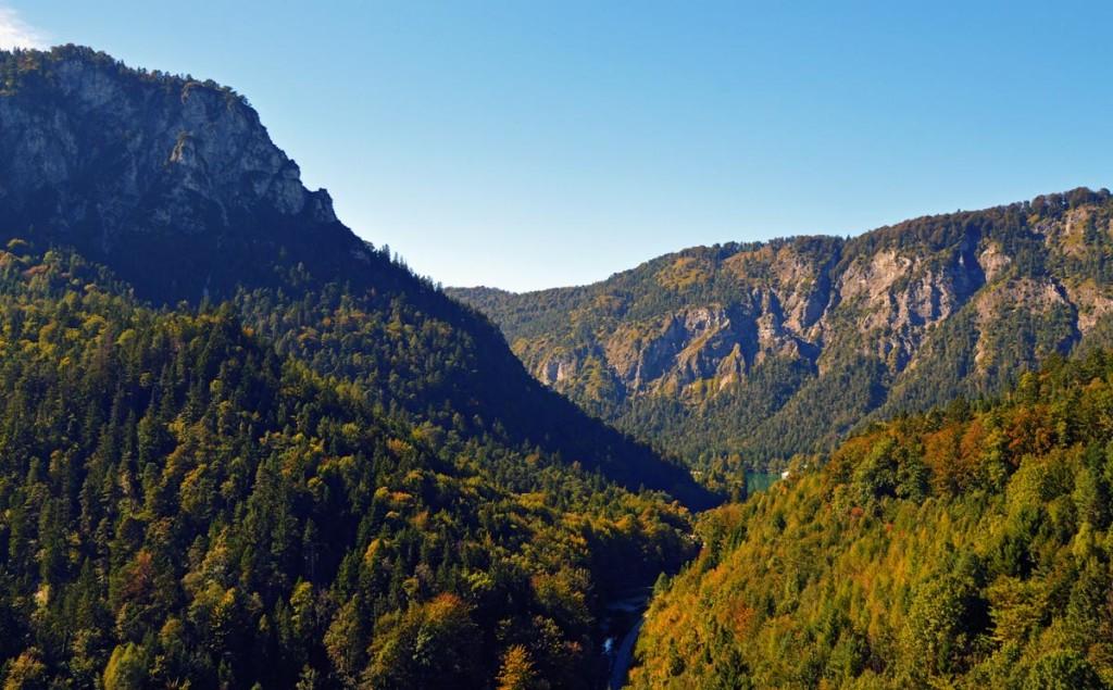 Blick von der Burgruine Karlstein zum Thumsee